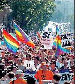 Gay March 2005 in Spanien. Foto: Raystorm