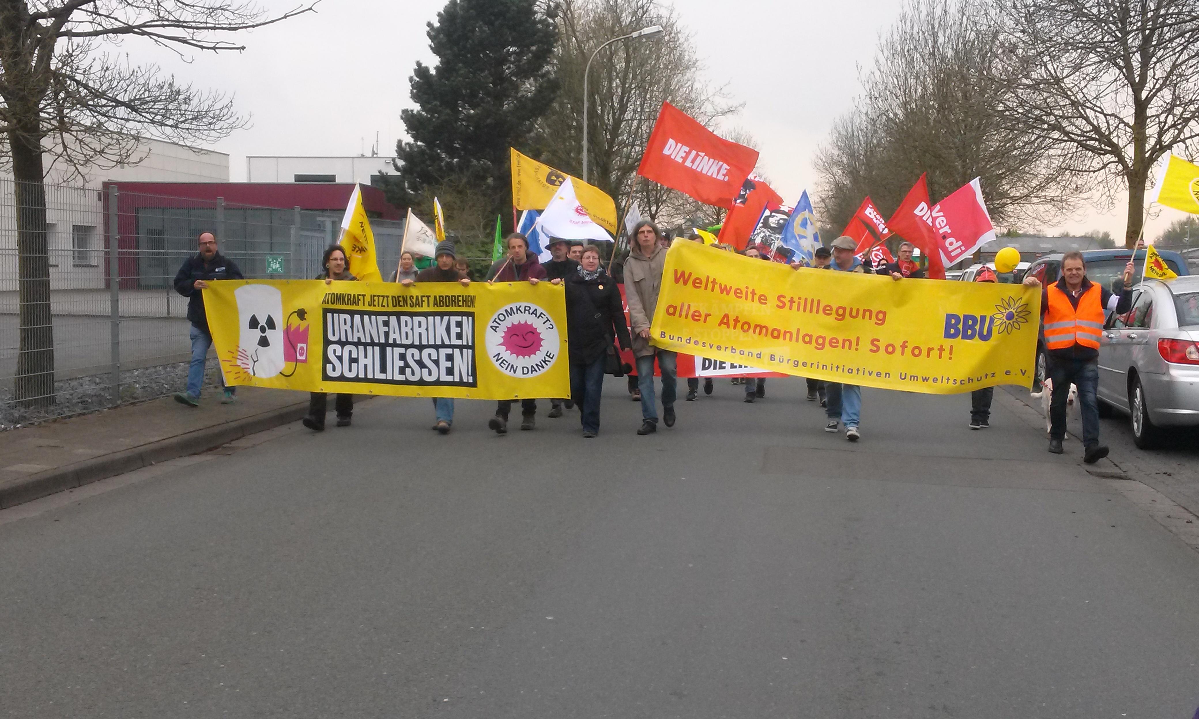 Bildergebnis für fotos von der ostermarsch demo des bbu am 30.03.18 in gronau