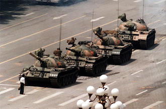 Tiananmen Square protests of 1989 :: Tank man