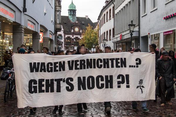 Sand im Gertriebe- Demo gegen Verschrottung der Wohnungen am 30.09.2014