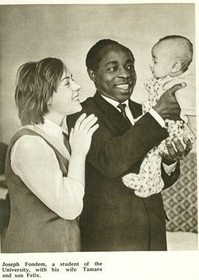 eine russisch-nigerianische Familie in Moskau in den 60er Jahren