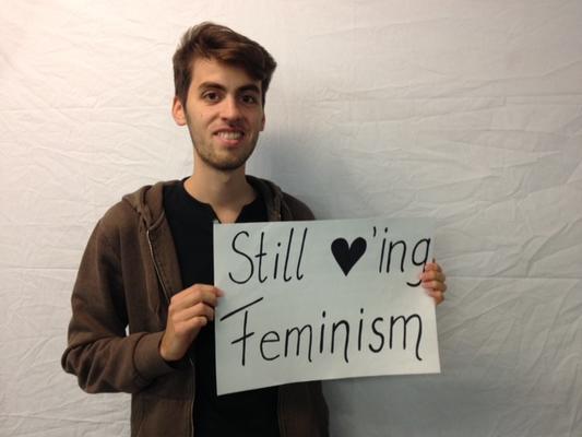 Fotoaktion: Still loving Feminism, still not loving Homophobia