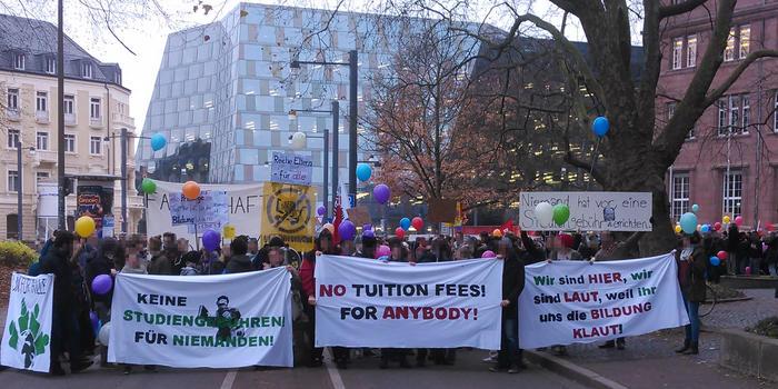 Demostart an der Universität