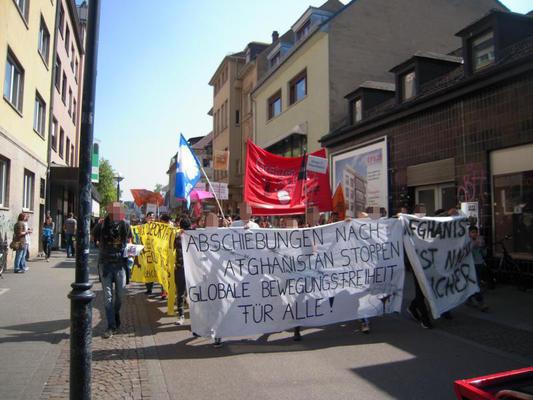 Demonstration gegen Abschiebungen nach Afghanistan: Karlsruhe, 8. April 2017
