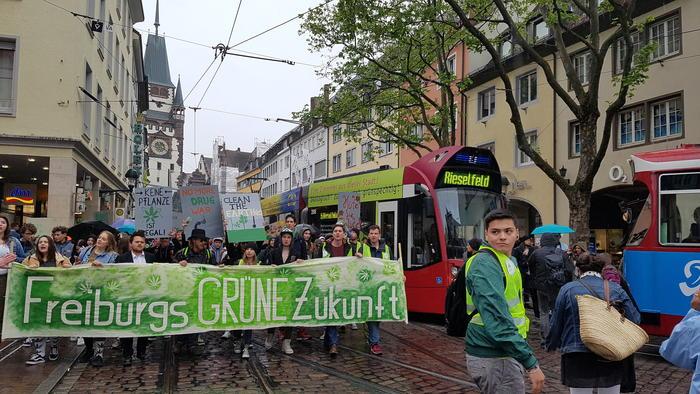 Internationale Demo zur Legalisierung von Cannabis