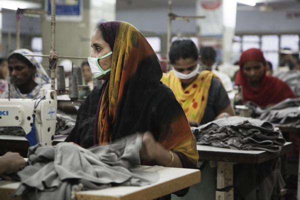 Textilarbeiterinnen in Bangladesh