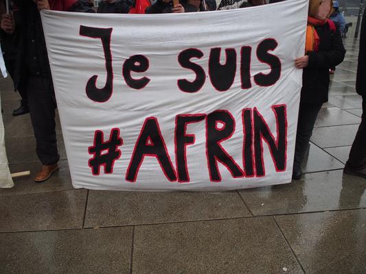Demonstration gegen den türkischen Angriff auf Afrin