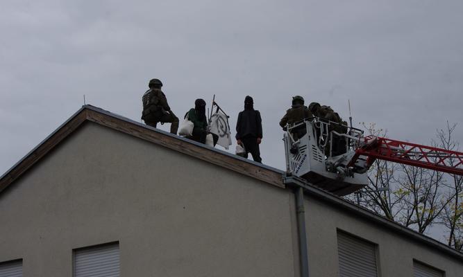 Polizeiwache_erneut_besetzt