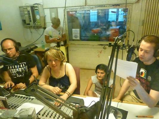 Once upon a time at RDL: Radio Ech macht gemeinsame Sendung mit der Schwulen Welle