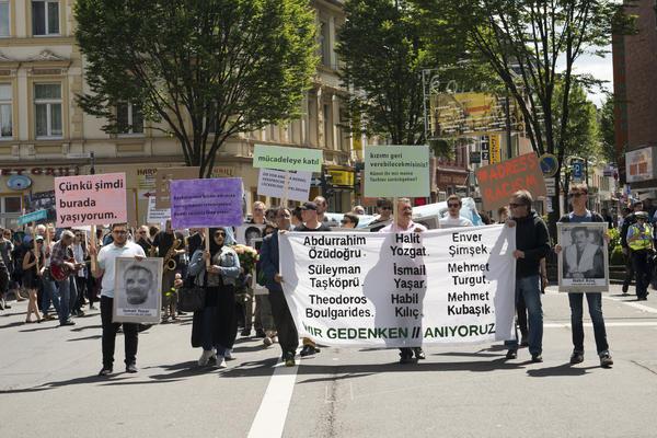 Protestaktion des Tribunals NSU-Komplex auflösen
