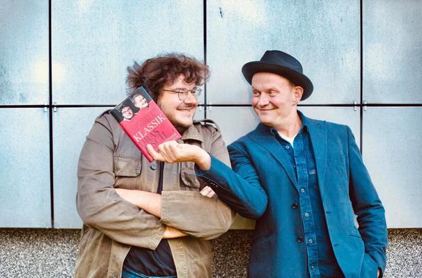Axel Ranisch (li.) mit Devid Striesow (re.)