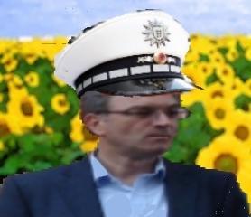 Oberbürgermeistergreencityfreiburgordnungshüter Dieter Salomon (Collage, RDL)