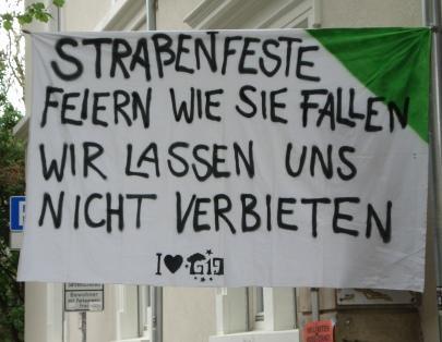 Protest gegen Verbot des Straßenfests am 1. Mai 2012 (Bild: RDL/PE)