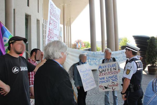 Protest vor dem Konzerthaus in Freiburg - Foto:RDL