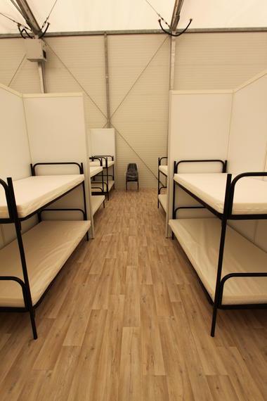 Betten in der BEA-Halle in Freiburg