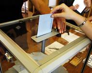 Wahlurne in Frankreich. Quelle: Rama - Wikimedia Commons