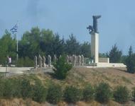 Gedenkstätte für die Opfer des Massakers von Viannos bei Amira, Kreta.