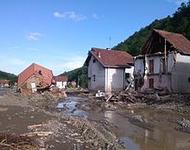 Die beim Hochwasser von Erdrutsch zerstörte Stadt Krupanj im Westen Serbiens