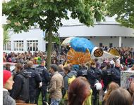 Volle Straße am 1. Mai 2014 trotz Allegemeinverfügung