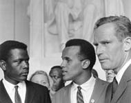 Harry Belafonte mit Schauspielerkollegen Sidney Poitier und dem späteren Waffenfreund und ultrakonservativen Charlton Heston beim Civil-Rights-March 1963.