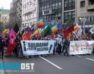 Antifaschistische Demonstration am Tag der Pride Parade in Belgrad