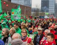 Massendemonstration in Brüssel mit über 100.000 Teilnehmenden