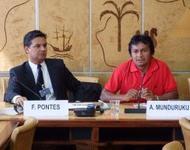 Felício Pontes (li.) und Ademir Munduruku (re.) in Genf.