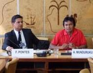 elício Pontes (li.) und Ademir Munduruku (re.) in Genf.