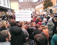 Demonstrantionszug in Breisach gegen den Besuch Frauke Petry
