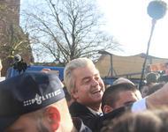 Peter van der Sluijs, De markt met Wilders Spijkenisse, CC BY-SA 3.0