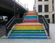 Treppe in Stuttgart in Regenbogenfarben