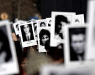 Bilder zum Gedenken der Verschwundenen