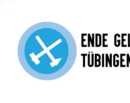 Logo (gekreuzte, nach unten hängende Hämmer) und Schriftzug von Ende Gelände Tübingen
