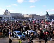 Demonstrationen gegen die rechte Regierung von Kanzler Kurz wie hier am 17.12.2017 gibt es nicht erst seit dem Ibiza Video