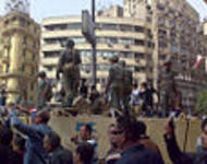 120px-Army_Truck_and_Soldiers_in_Tahrir_Square_Cairo