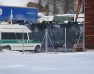Deutsche Polizei + Gerät 2008 beim WEF in Davos (Schweiz); Foto: Indymedia