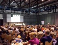 Blick auf Bürgerinfoversammlung 7.6.13 SCF Stadion