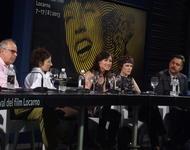 Das Filmteam zusammen mit Autorin Charlotte Roche. Foto: RDL